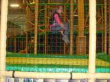 Elina hoppar